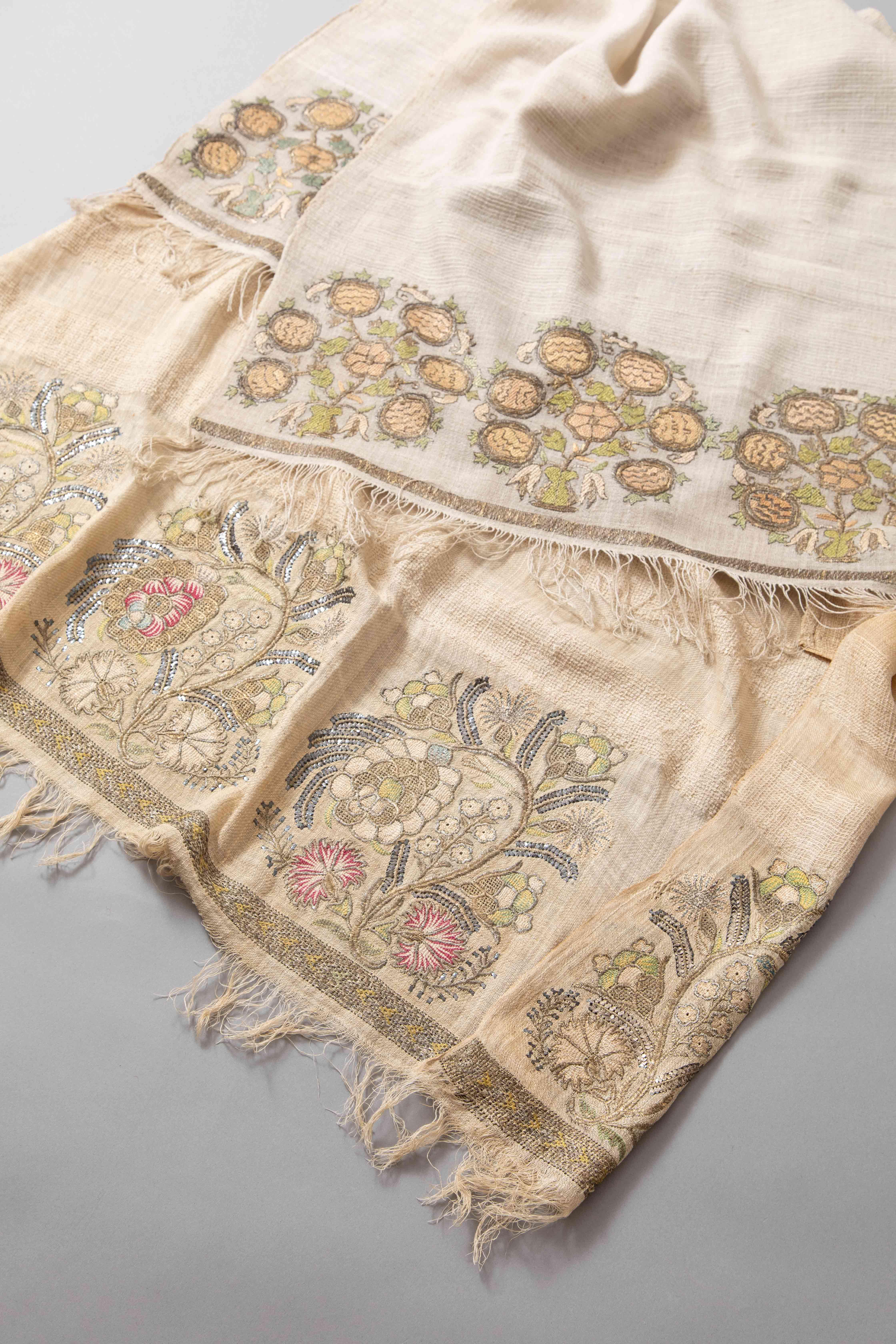 花嫁タオル/トルコ(1800年代中期)写真提供:世界文化社